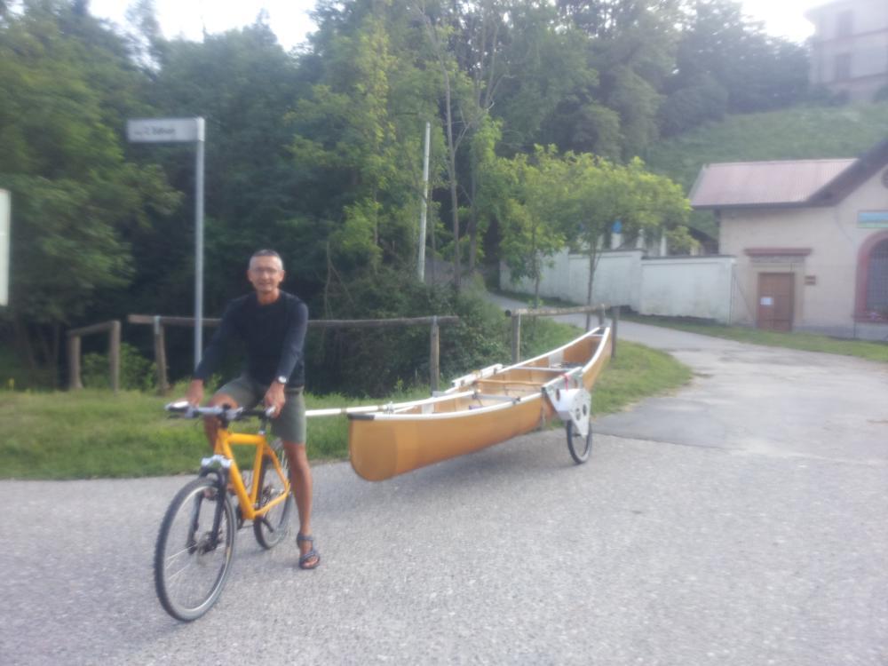 Bicicletta e canoa